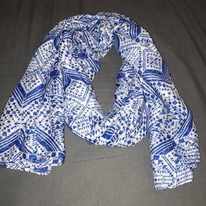 Blue light weight scarf